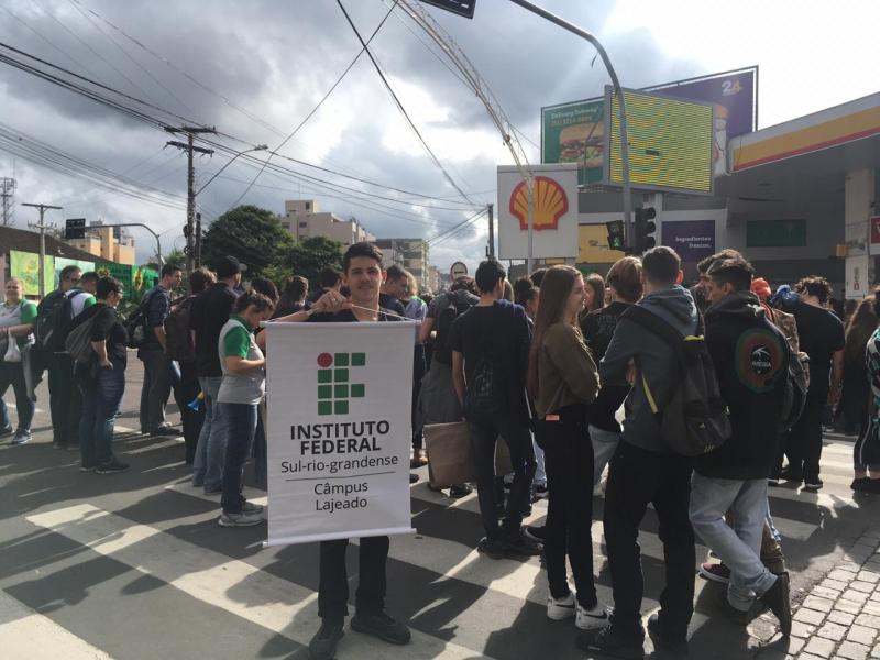 #15M: Dia Nacional de Luta da Educação | Lajeado